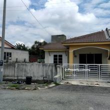 Taman Desa Baru, Ayer Tawar, Sitiawan