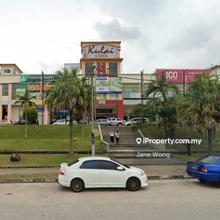 Kulai Hypermarket, Kulai