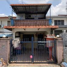 PERLING JLN PEKAKA LOWCOST HOUSE, Perling