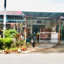 Tanjung Bidara , Masjid Tanah