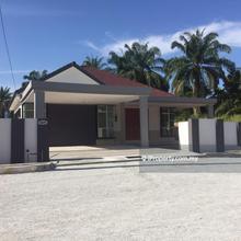 Rumah Banglo Setingkat Di Tmn Sheikh Fadzir,Baling, Baling
