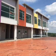 Gangsa Avenue, Durian Tunggal