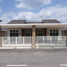 Rumah Berkembar 1 Tingkat di Padang Meha, Padang Serai