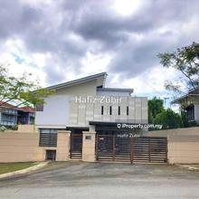 Bungalow Banyan Close Bandar Bukit Mahkota, Bangi