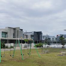 taman pertama fasa 2, Penampang