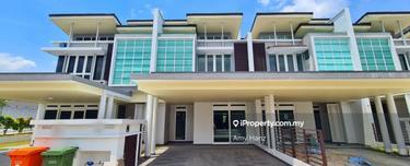 4 Beds 3 Baths Turnberry 2 Storey , precint 12 , Putrajaya 1
