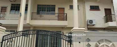 Lian Seng Double Storey Terrace, Perwira Jaya , Kluang 1
