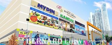 3400sf 3 Sty Shop Opposite Bkt Jambul Complex FOR SALE, Bukit Jambul 1
