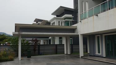 Wira Mutiara , Bandar Sungai Long 1