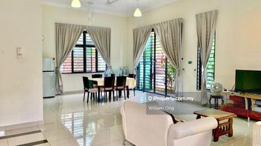 Kota Bayuemas , Klang 1