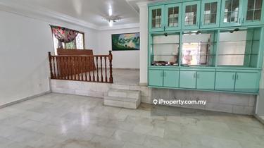 SS 2, Petaling Jaya, SS2 1