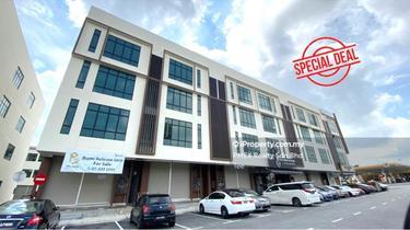 Pelangi Boulevard Facing MainRoad, Taman Pelangi, Johor Bahru 1