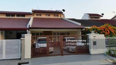Abang Haji Openg, Taman Tun Dr Ismail 1