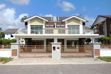 Sierra Perdana Show Village 1