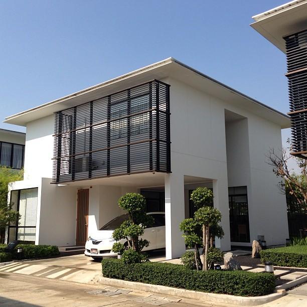 Zenmura Exterior Detached House