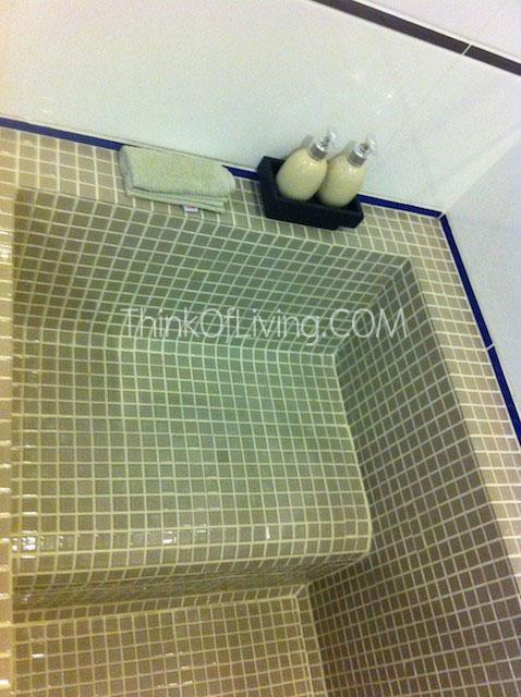 บ้านแสนคราม Bath Tub
