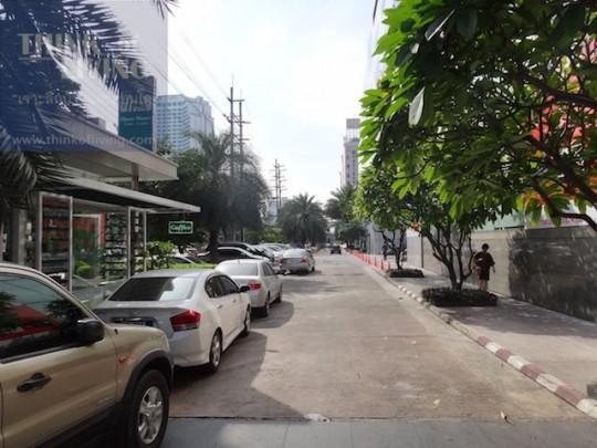 QUINN Condominium (17)
