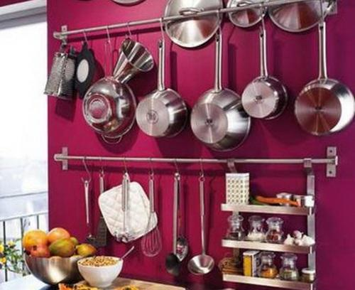 Hanging-Kitchen-Utensils-on-Wall