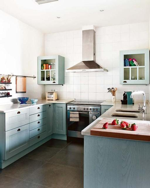 Peaceful bohemian Apartment Kitchen