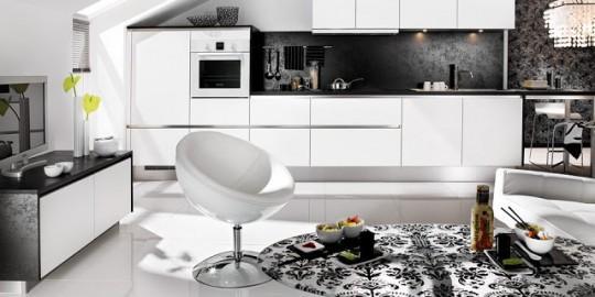 fP_black-white-living-kitchen