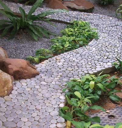 Gravel-in-your-small-garden
