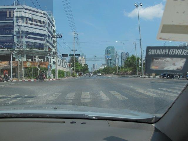 Bangkok Horizon Lazi 1