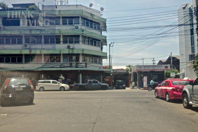 Bangkok Horizon Lazi 24