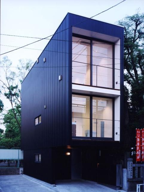 Black house1