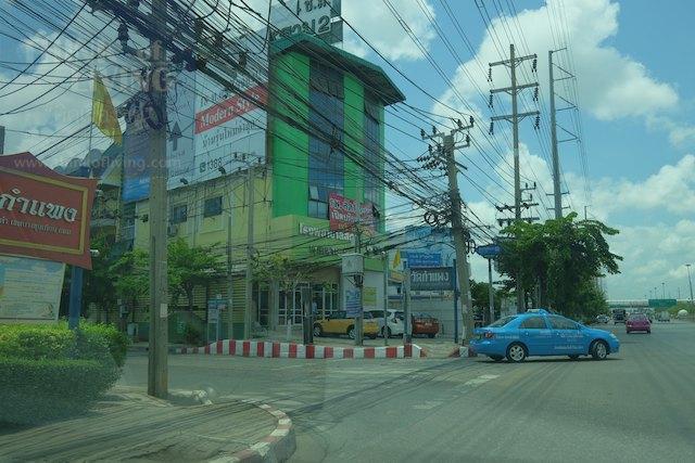 Town Avenue Cocos 6