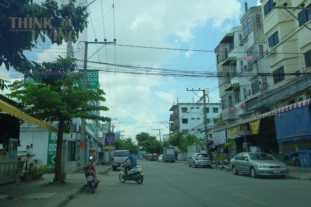 Town Avenue Cocos 9