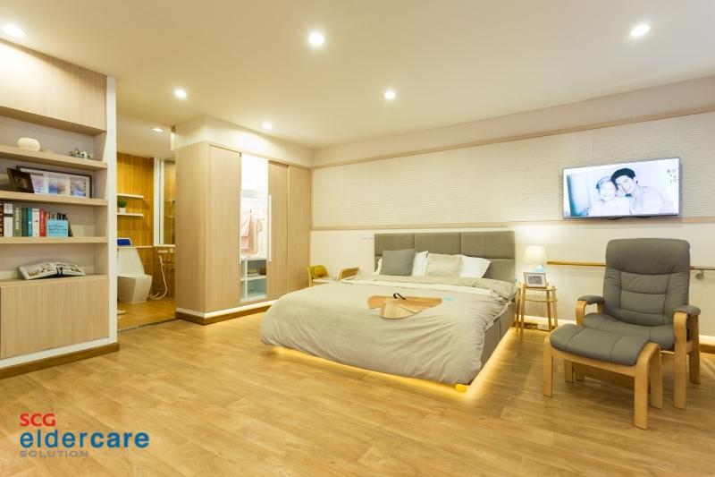 Bedroom by SCG Eldercare Solution
