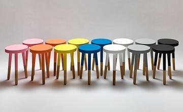 เก้าอี้สตูลสีลูกกวาด ไม่ต้องนั่ง ตั้งโชว์ก็สวยแล้ว โดย UM Project