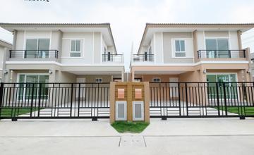 Passorn ปิ่นเกล้า – วงแหวน บ้านแฝดและบ้านเดี่ยว 2 ชั้น พร้อมแบบบ้านใหม่สไตล์ Modern ในซอยวัดส้มเกลี้ยง จาก พฤกษา [รีวิวฉบับที่ 2170]